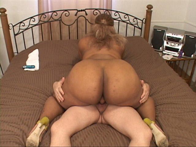 English Milf videos - Daniella English big ass movies